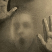 Creepy Granny Scream: Scary Horror Game